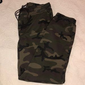 NWOT Cargo Joggers